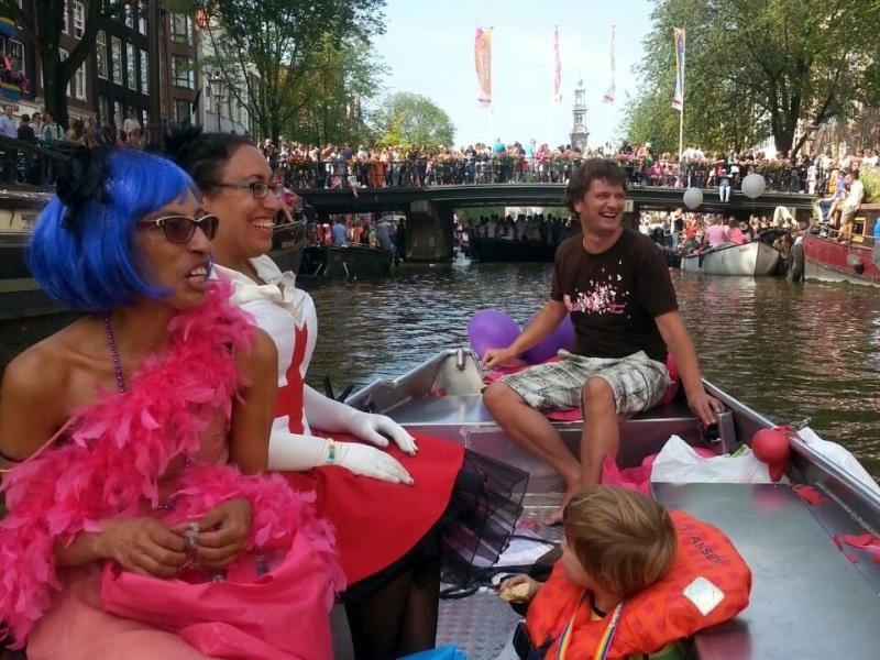 Sloep huren Koningsdag Gay Pride Amsterdam Boats4rent