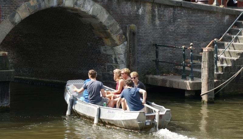 Fluisterboot huren amsterdam