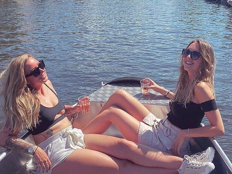 Fluisterboot huren in Amsterdam